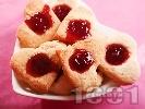 Рецепта Романтични масленки за Свети Валентин със сладко от ягоди